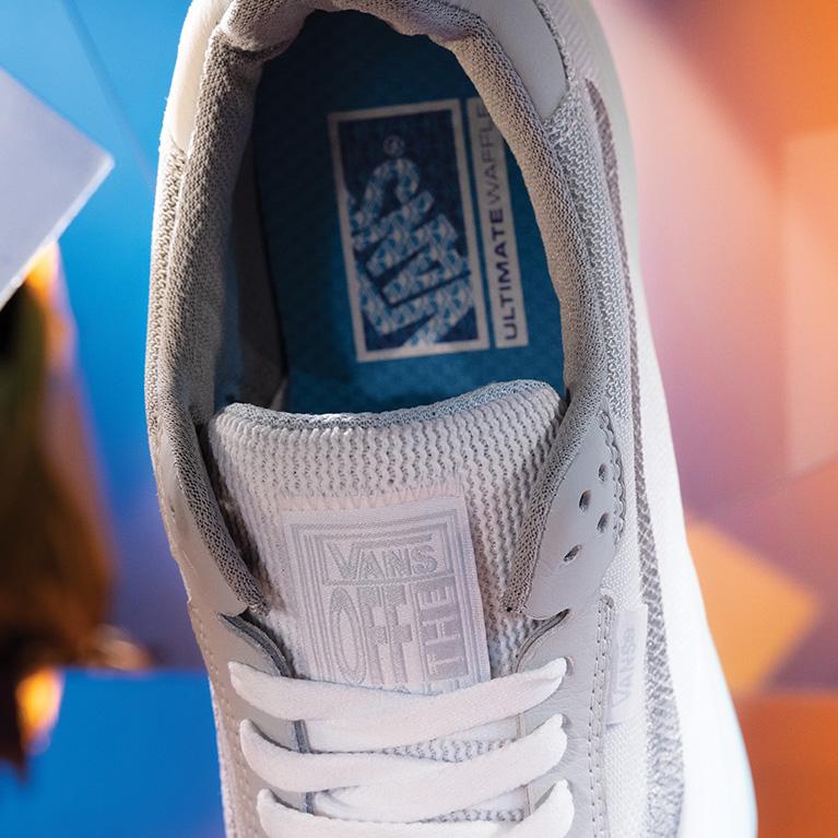 Vans EVDNT Sneakers Features