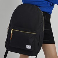 Settlement Backpack in Black