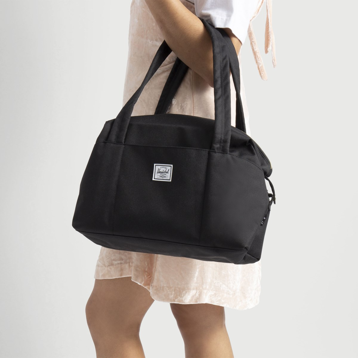 Strand X-Small Tote Bag in Black