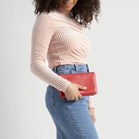 Women's Triplet Ruby Crossbody