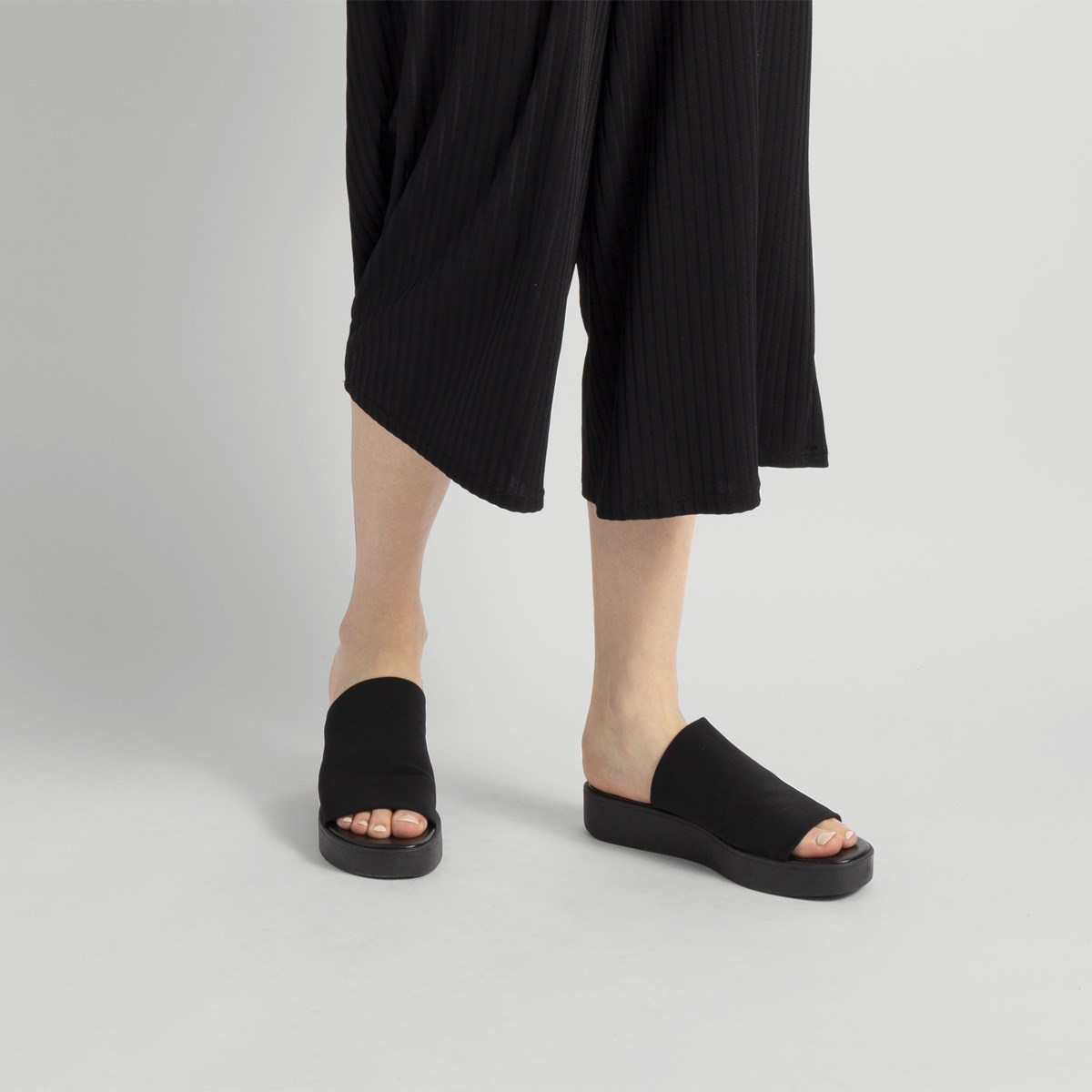 Women's Kate Tulle Black Slide
