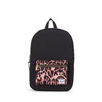 Settlement Mid Volume Backpack in Black