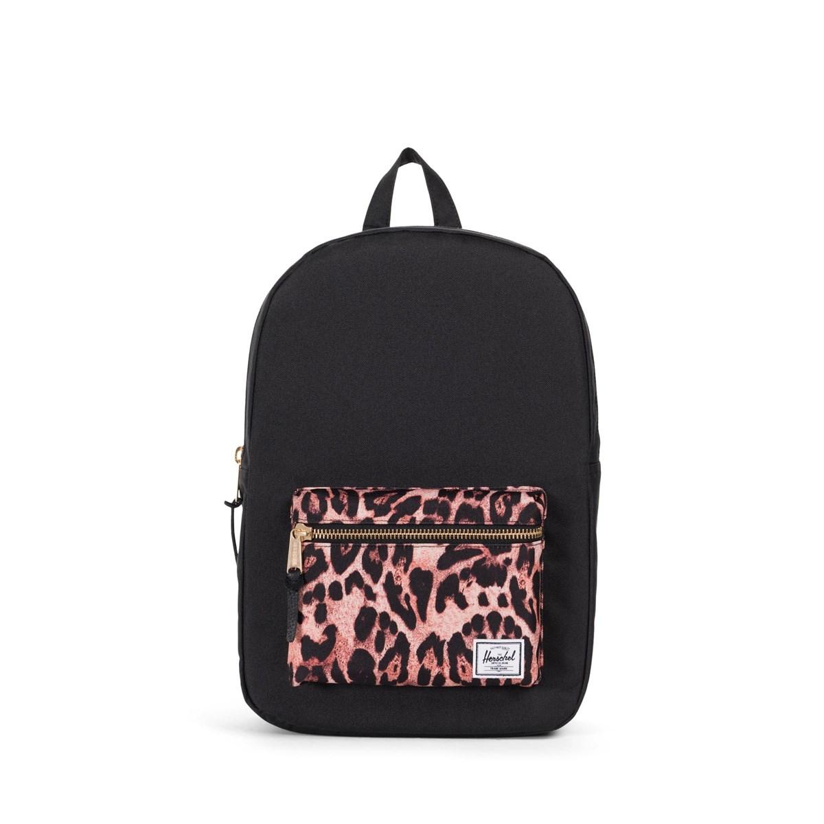 Settlement Mid Volume Backpack in Black