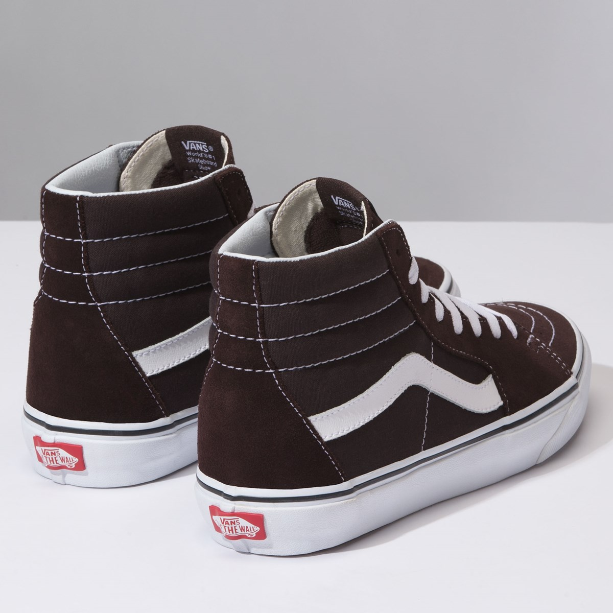 Men's Sk8-Hi Sneaker in Brown