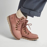Women's Lethbridge Boots in Pink