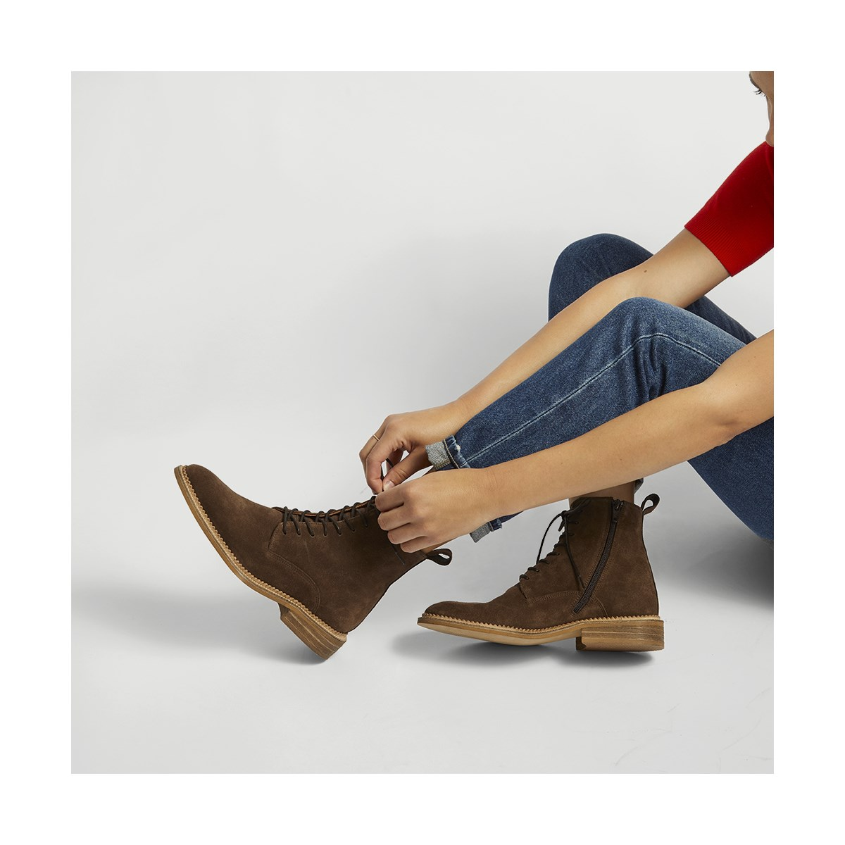Women's Isabelle Boot in Praline