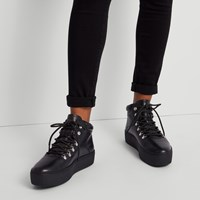 Women's Jessie Hiker Sneakers in Black