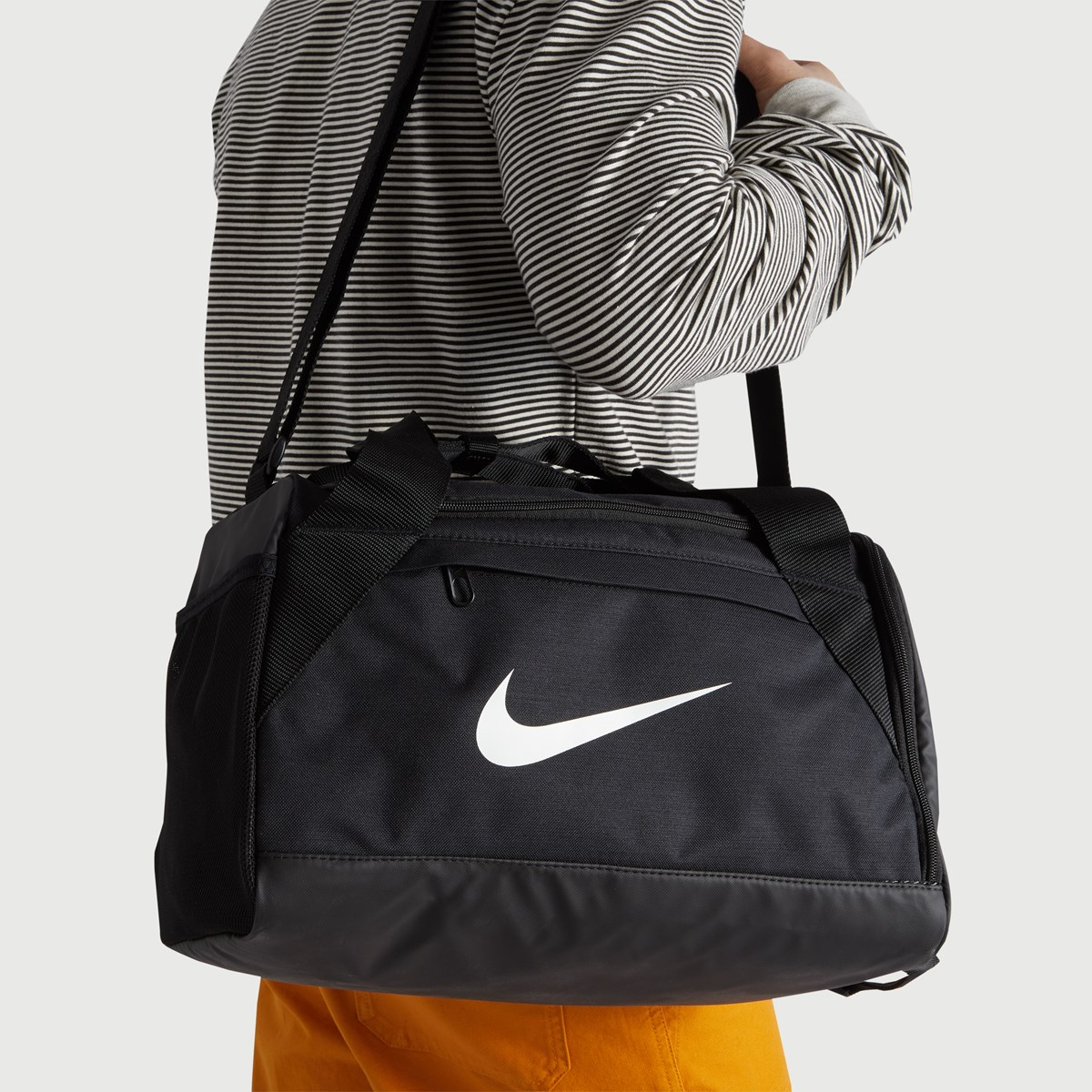 Brasilia Duffle Bag in Black