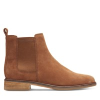 Women's Clarkdale Arlo Chelsea Boots in Brown