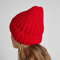 Women's Rib Knit Beanie in Red