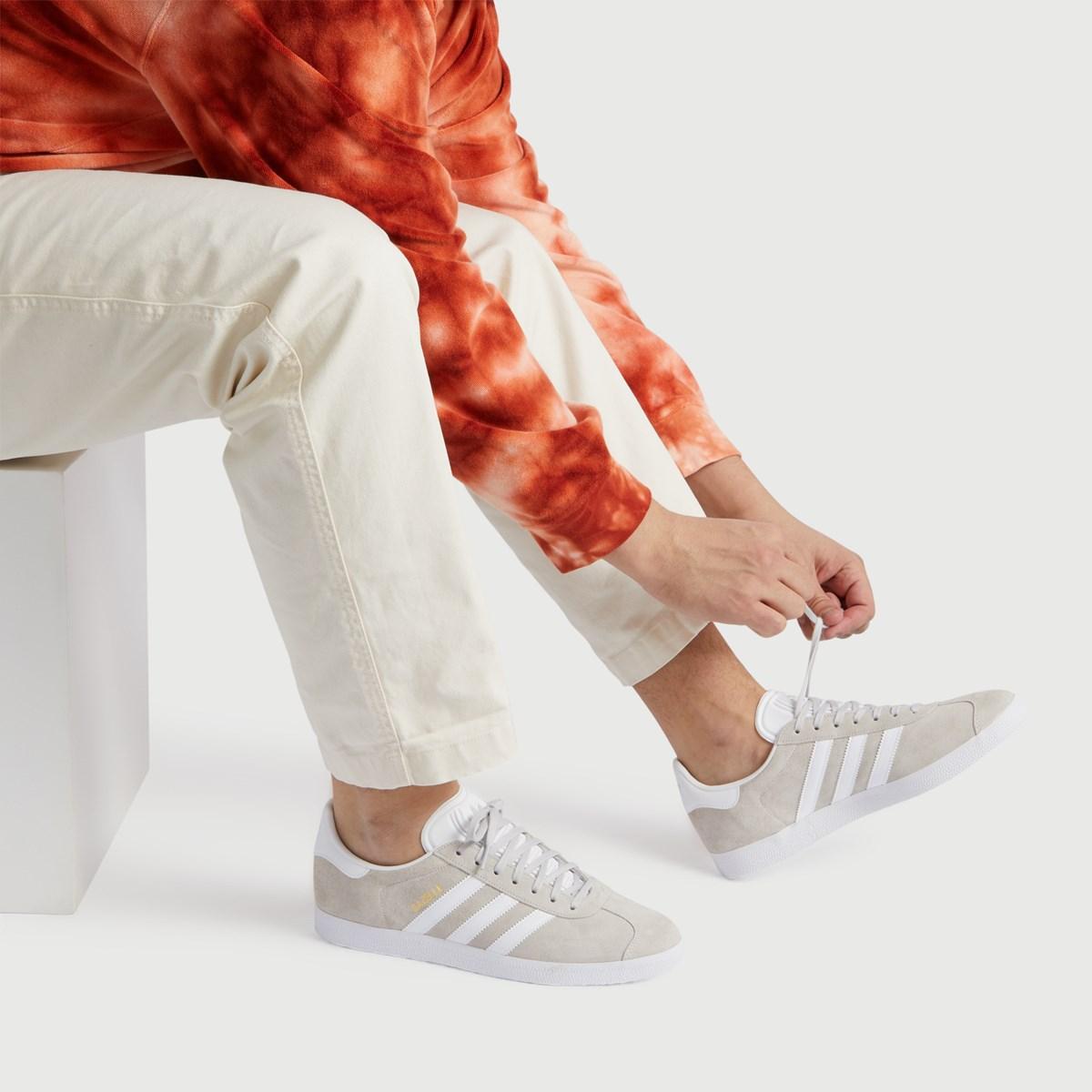 Men's Gazelle Sneaker in Grey