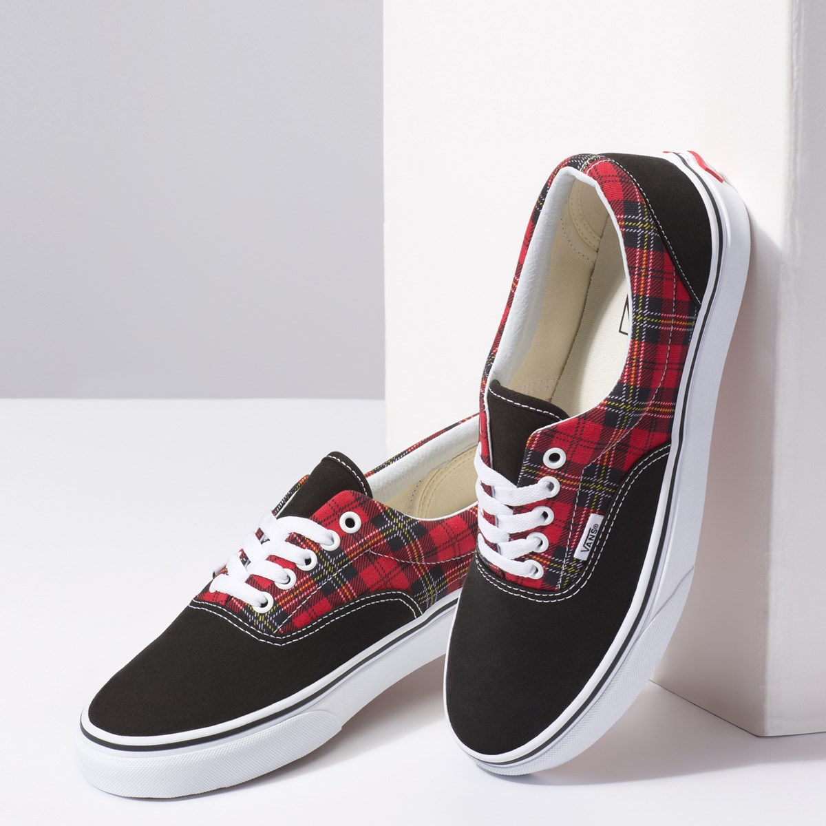 Women's Era Sneaker in Red Tartan