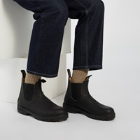 558 Leather Lined Chelsea Boots in Black