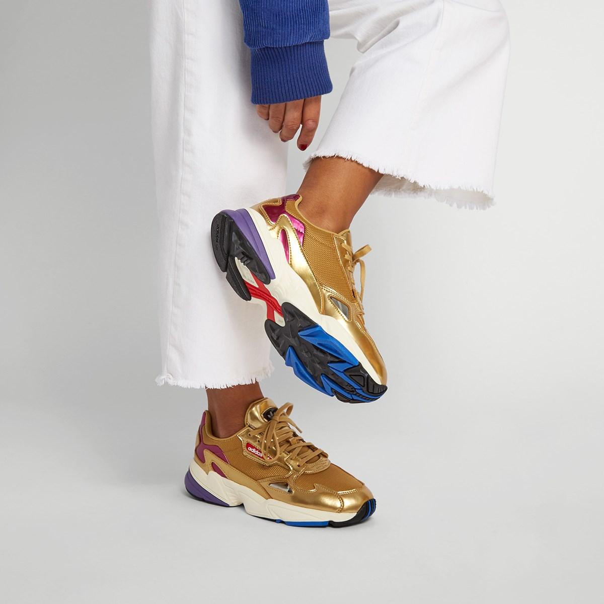 Baskets Falcon W dorées pour femmes