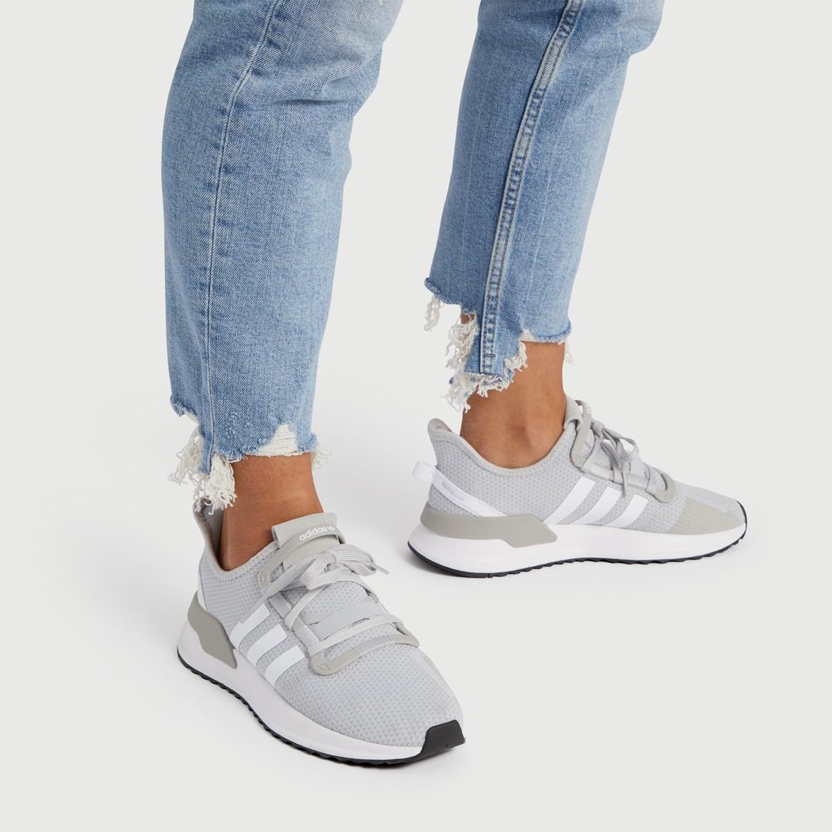 Women's U Path Run Sneaker in Grey