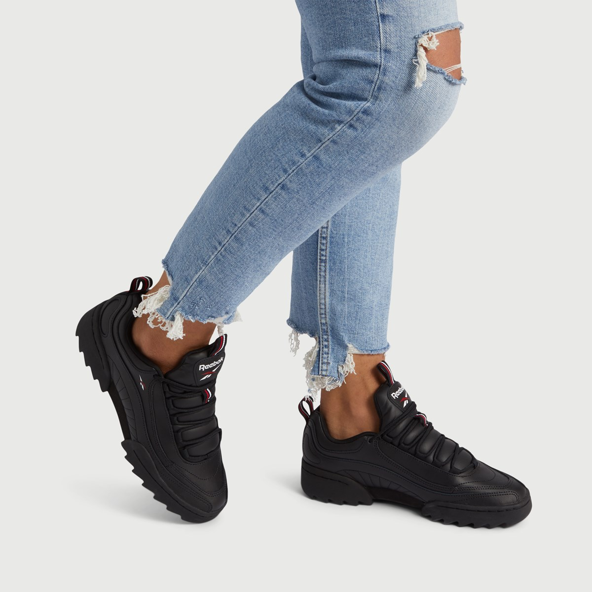 Women's Rivyx Ripple Sneakers in Black