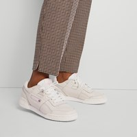 Women's Workout Lo Plus Sneakers in Vintage White