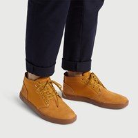 Men's Groveton Chukka Boots in Wheat Nubuck