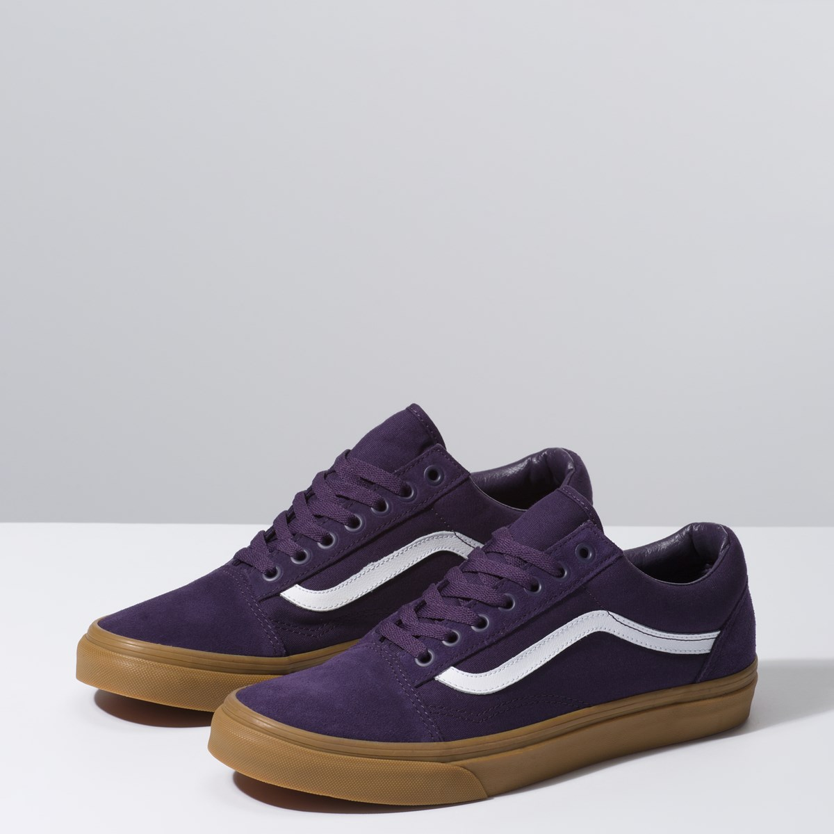 Men's Old Skool Sneaker in Purple