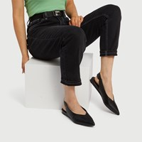 Women's Effie Flat in Black
