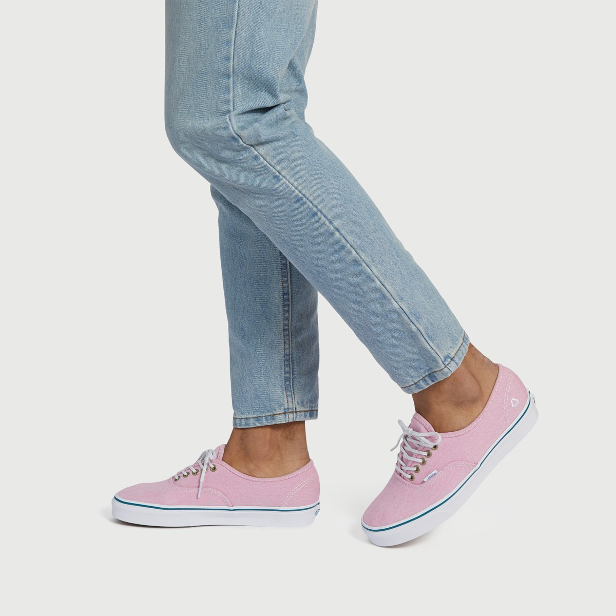 Men's Authentic P.E.T Sneaker in Rose