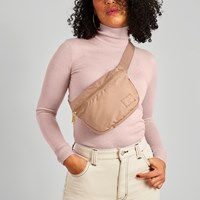 Fifteen Hip Bag in Rose