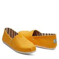 Men's Classic Alpargatas Slip ons in Gold