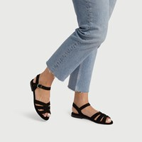 Women's Caro Sandal in Black