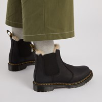 Women's 2976 Leonore Fur Lined Chelsea Boots in Black