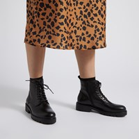 Women's Kenova Lace-Up Boots in Black