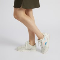 Women's Classic Leather Vector Sneakers in Chalk
