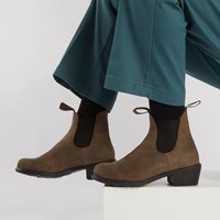 1677 Women's Series Heel Boots in Rustic Brown