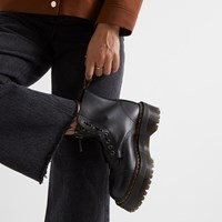 Women's Sinclair Boots in Black