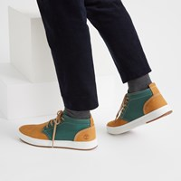 Men's Davis Square Chukka Shoes in Wheat