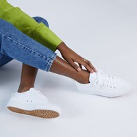 Women's Nizza Trefoil Sneakers in White