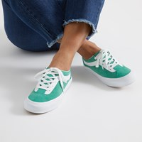Women's Bold Ni Sneakers in Green