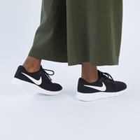 Women's Tanjun Sneakers in Black