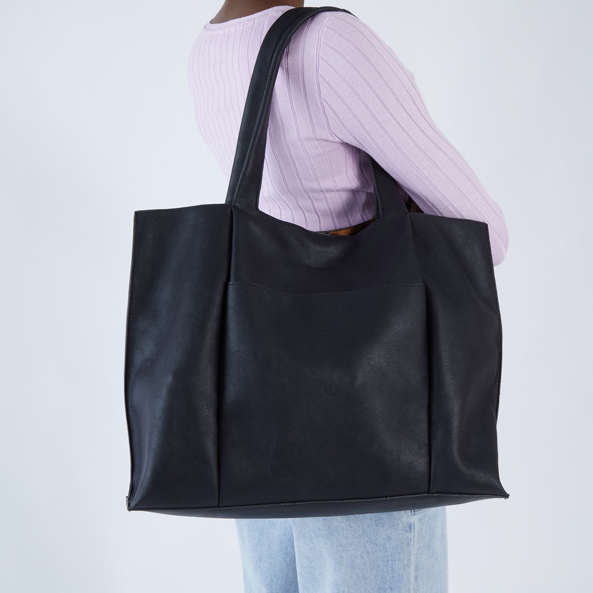 Meg Tote Bag in Black