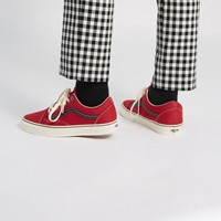 Men's Old Skool Sneakers in Red