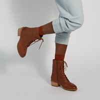Women's Shuterlin Bay Heeled Boots in Brown