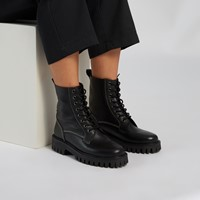 Women's Mel Boots in Black