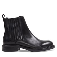 Women's Elodie Chelsea Boots in Black