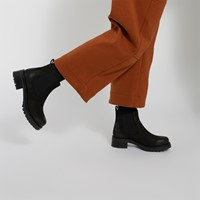 Women's Beatrice Heeled Chelsea Boots in Black Suede