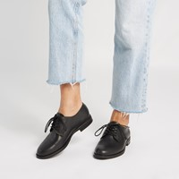 Women's Laura Shoes in Black