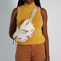 Bird Print Nineteen Hip Pack in Cream