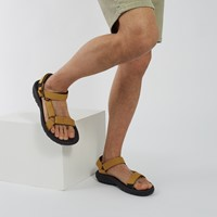Men's Hurricane XLT2 Strap Sandals in Black/Yellow