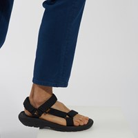 Men's Hurricane XLT2 Strap Sandals in Black