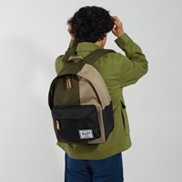 Classic XL Backpack in Green/Black/Beige