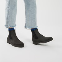 Women's Laney Boots in Black
