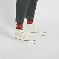 Women's Sk8-Hi Sneakers in Off-White